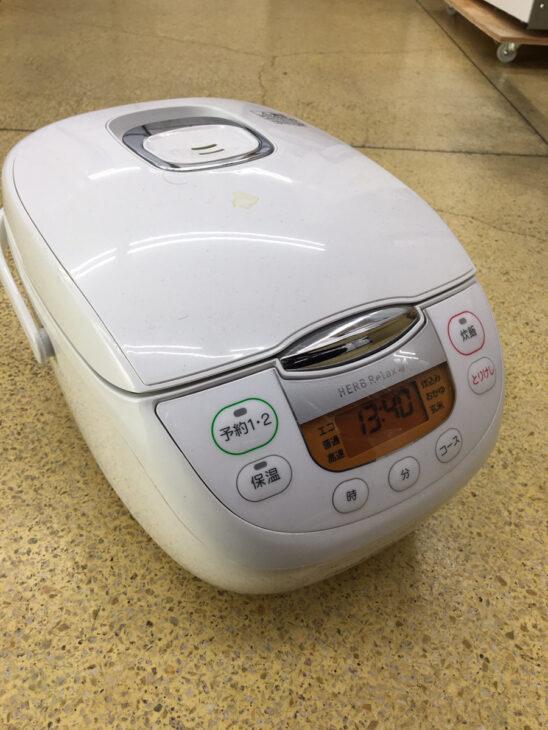 ヤマダセレクト製炊飯器 複数申し込みでお値段つきました。