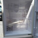 HITACHI(日立)  3ドア冷凍冷蔵庫 R-S27CMV