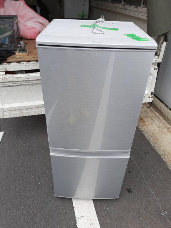 シャープ製冷蔵庫SJ-D14C-S含む家電製品の出張査定に伺いました。