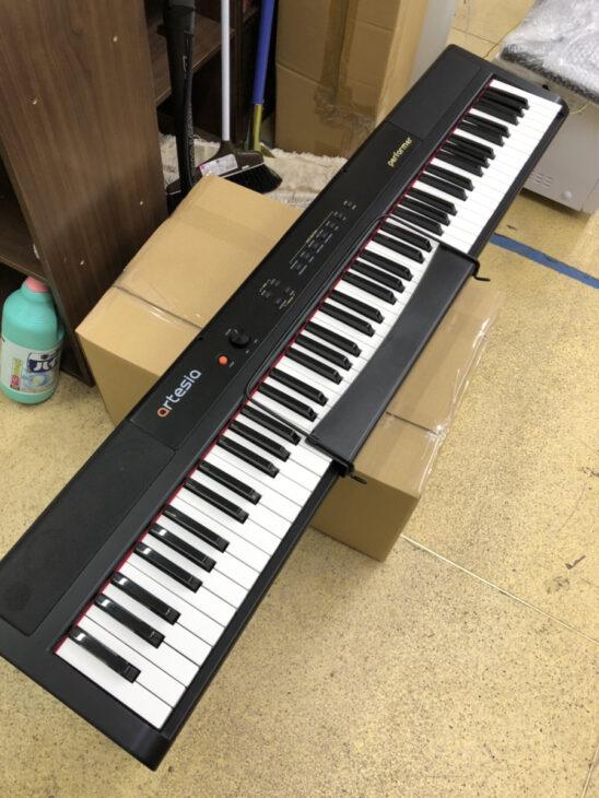 電子ピアノをお売りいただきました
