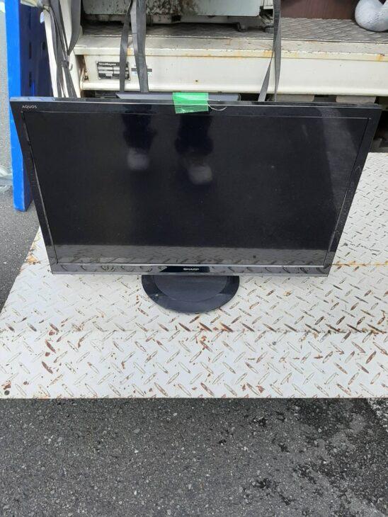24型液晶テレビをお売りいただきました!