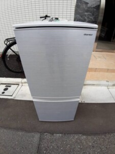 SHARP(シャープ) 2ドア冷蔵庫 SJ-D14F-S 2020