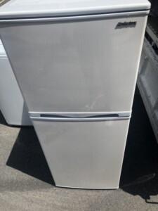 Abitelax(アビテラックス) 138L 2ドア冷凍冷蔵庫 AR-143E 2018