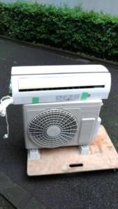 HITACHI(日立)2.2KW 6畳用 ルームエアコン RAS-D22E-W 2015年製