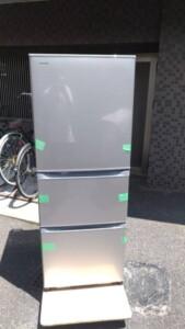 TOSHIBA(東芝)330L 3ドア冷蔵庫 GR-R33S 2020年製
