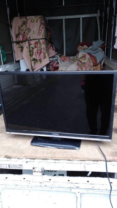 マクスゼンの32型液晶テレビを文京区にて無料引き受けしました