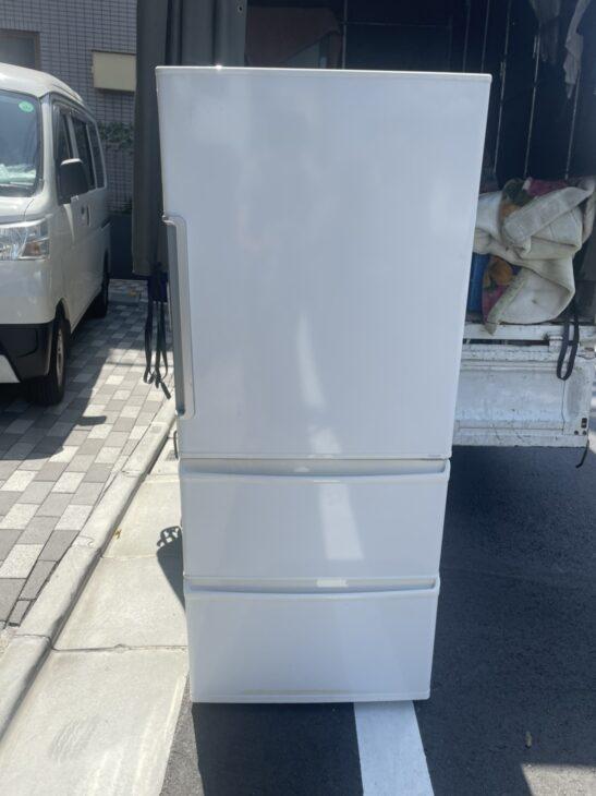 アクアの冷蔵庫とシャープの液晶テレビを査定いたしました