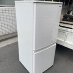 SHARP(シャープ)137L 2ドア冷蔵庫 SJ-D14F-W 2020年製