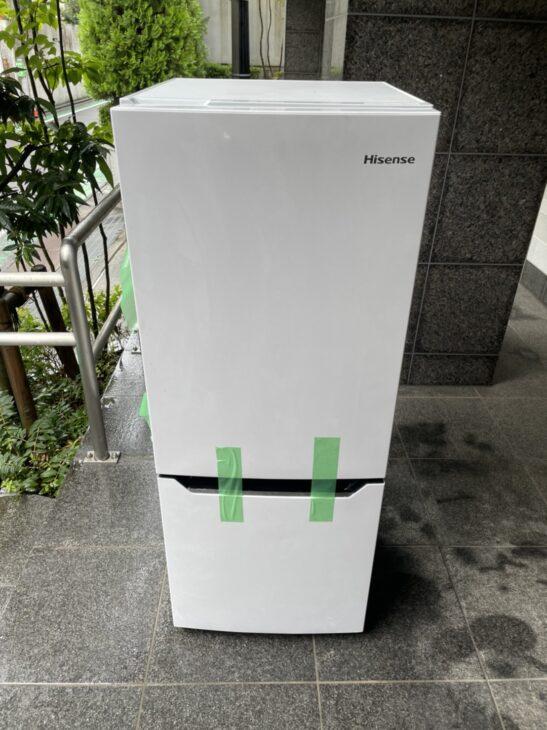 渋谷区にてハイセンス2ドア冷蔵庫をお売り頂き、出張しました。