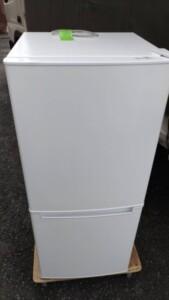 NITORI(ニトリ)106L 2ドア冷凍冷蔵庫 NTR-106 2019年製